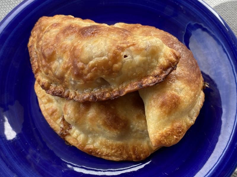 Caramel Apple Empanadas {Hand Pies}